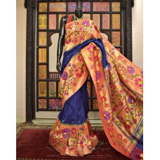 Exclusive Large Flowering Ensemble Brocade Paithani